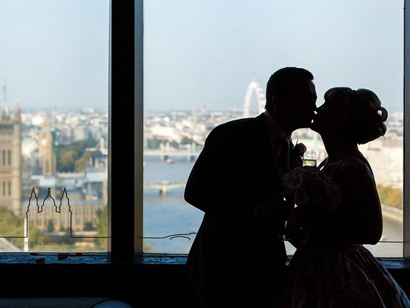 Thames Weddings - Unique London Wedding Venues - Millbank Tower Ceremony