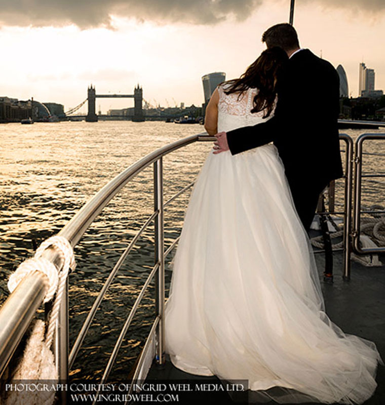 Celebrant-Ceremony-on-board-a-Boat-2b